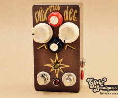Hungry Robot Pedals - The Starlite V2 modulated reverb with tap tempo
